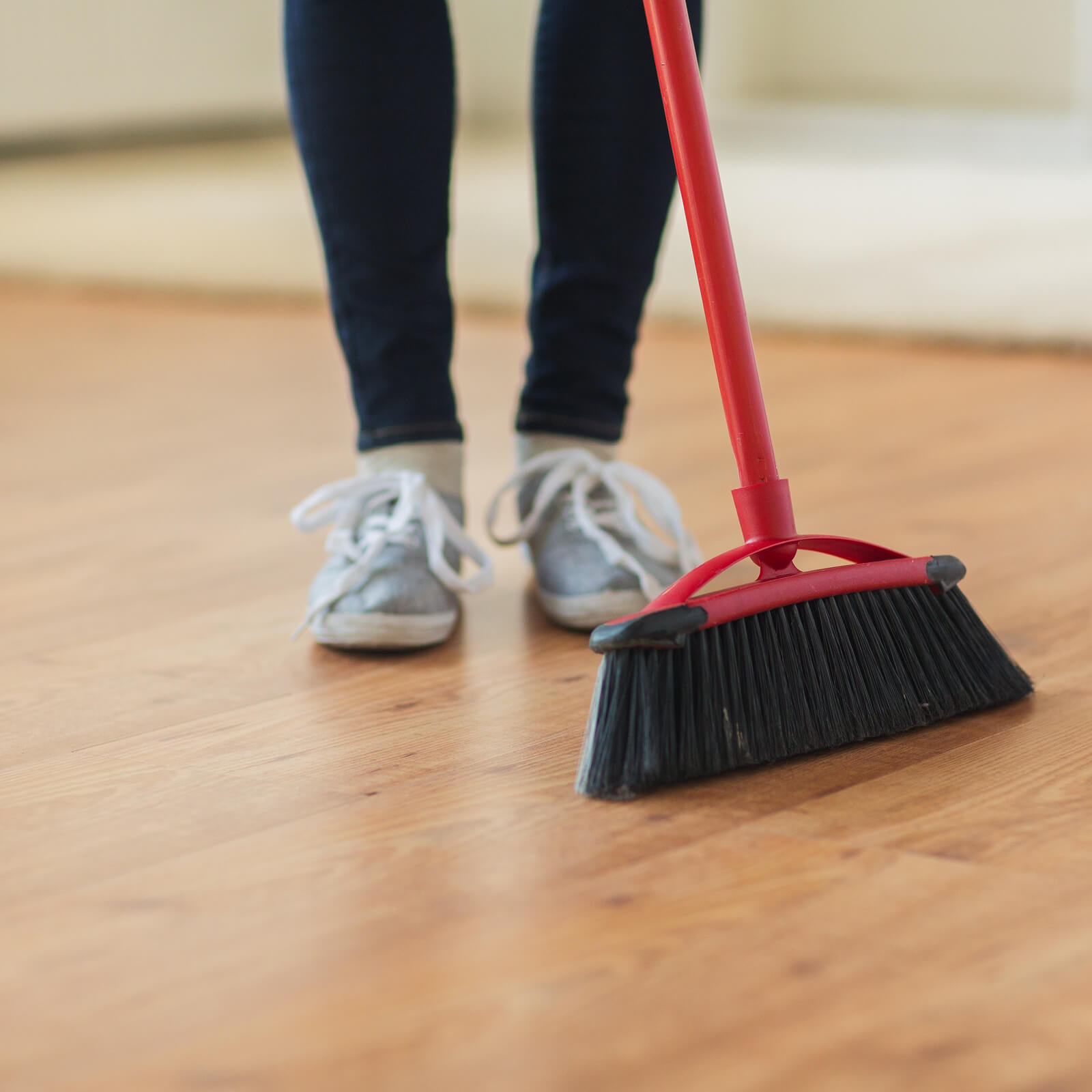 Laminate cleaning | Budget Flooring, Inc.
